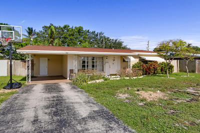 Deerfield Beach Single Family Home For Sale: 1182 SE 2nd Avenue