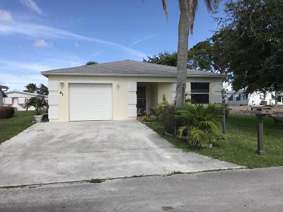Port Saint Lucie Single Family Home For Sale: 47 Florida Way