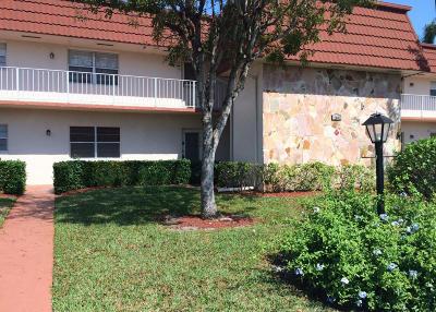 Royal Palm Beach Condo For Sale: 12007 Poinciana Boulevard #104