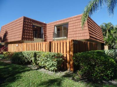 Delray Beach FL Townhouse For Sale: $187,900