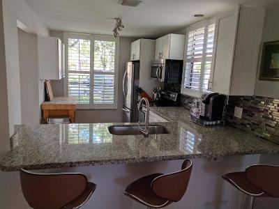 Boca Raton Single Family Home For Sale: 5776 Fox Hollow Drive #A