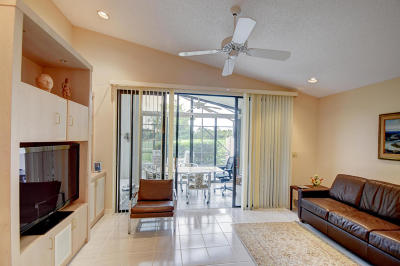 Delray Beach Single Family Home For Sale: 7840 Dundee Lane