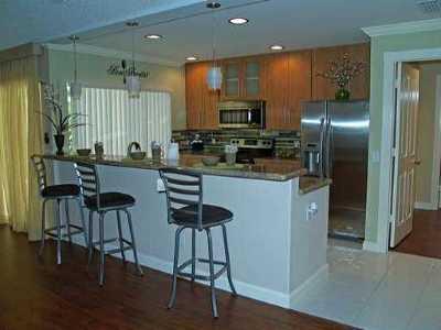 Palm Beach Gardens Townhouse For Sale: 8701 Chapman Oak Court