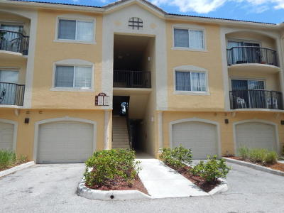 Royal Palm Beach Condo For Sale: 900 Crestwood Court #912