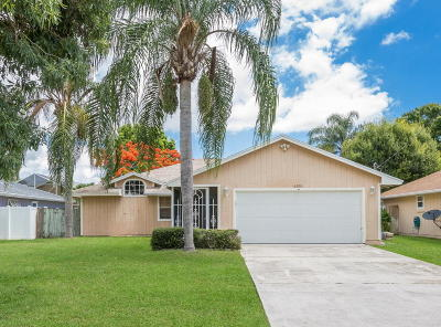 Jupiter Single Family Home For Sale: 6355 Mullin Street