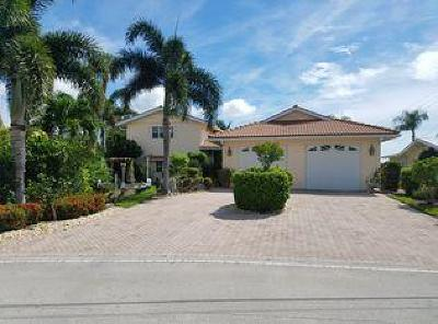 Palm City Single Family Home For Sale: 46 SW Riverway Boulevard