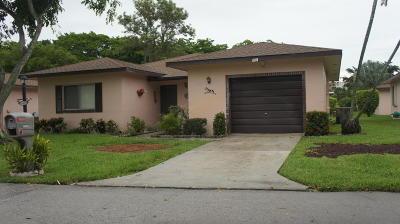Delray Beach Single Family Home For Sale: 14688 Bonaire Drive #8-4