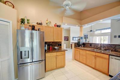 Boca Raton Single Family Home For Sale: 10544 Plainview Circle