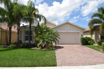Boynton Beach Single Family Home For Sale: 10988 Carmelcove Circle
