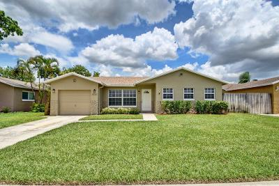 Boca Raton Single Family Home For Sale: 8939 SW 7th Street