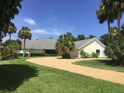 Tequesta Single Family Home For Sale: 11 Loggerhead Lane