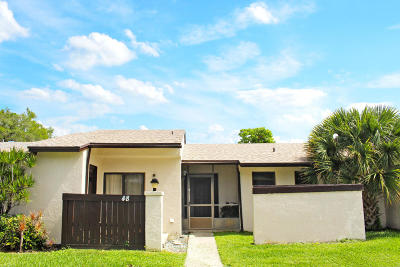 Royal Palm Beach Single Family Home For Sale: 48 Seminole Drive