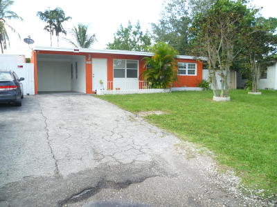 West Palm Beach FL Single Family Home For Sale: $189,000