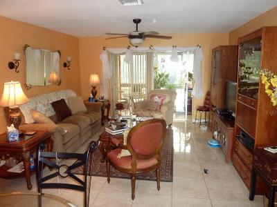 Royal Palm Beach Condo For Sale: 12014 Greenway Circle S #207