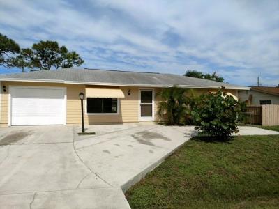 Stuart Single Family Home For Sale: 1777 SE Harrison Street