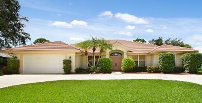 Hobe Sound Single Family Home Contingent: 9233 SE Mystic Cove Terrace