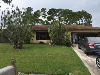 Port Saint Lucie Single Family Home For Sale: 1168 SE Clifton Lane