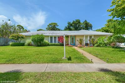 West Palm Beach Single Family Home Contingent: 2423 Windsor Road
