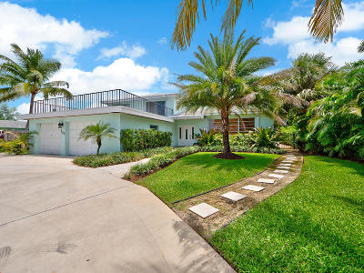 North Palm Beach Single Family Home For Sale: 428 Anchorage Lane