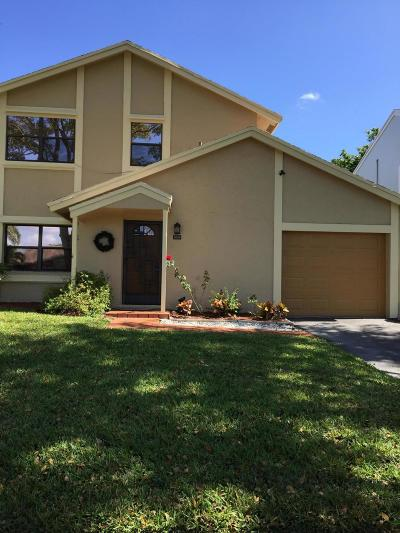 Boynton Beach Single Family Home For Sale: 5699 Northpointe Lane