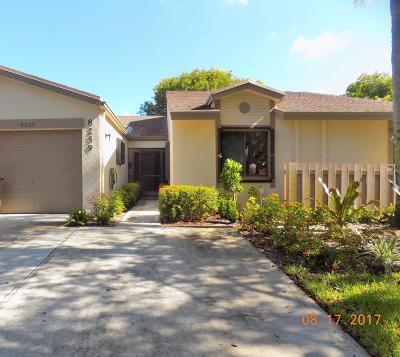 Boca Raton Single Family Home For Sale: 8259 Whispering Palm Drive