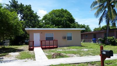 Pompano Beach Single Family Home For Sale: 2819 NW 6th Street