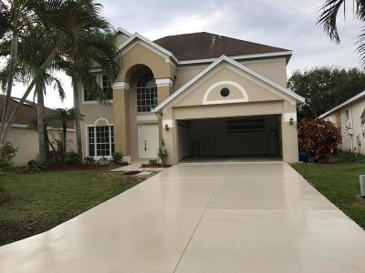 Jensen Beach Single Family Home For Sale: 804 NW Waterlily Place