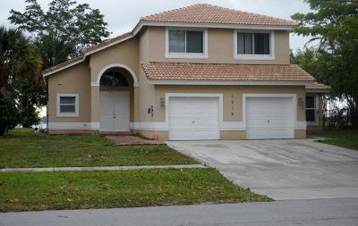 West Palm Beach Single Family Home For Sale: 3806 North Shore Drive