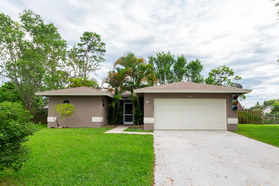 Delray Beach Single Family Home For Sale: 5306 Greenwood Drive