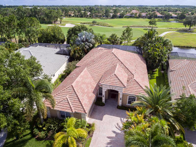 Port Saint Lucie Single Family Home For Sale: 9025 One Putt Place