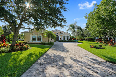 Jensen Beach Single Family Home Contingent: 4319 NW Royal Oak Drive