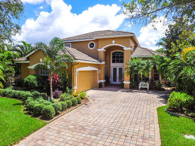 Port Saint Lucie Single Family Home For Sale: 8254 Riviera Way