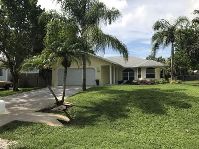 Palm City Single Family Home For Sale: 1475 SW Ulmus Place