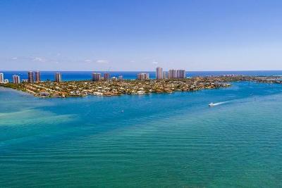Singer Island Condo For Sale: 3400 Ocean Drive #202