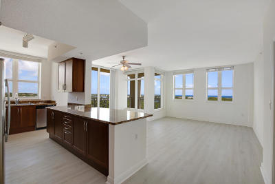 Boynton Beach Condo For Sale: 350 Federal Highway #911