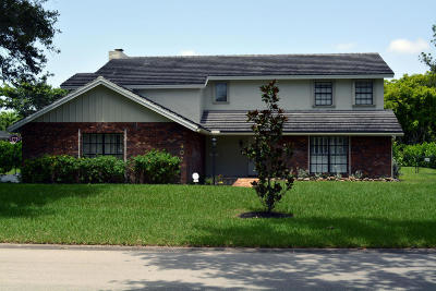 Coral Springs Single Family Home For Sale: 407 NW 104th Avenue