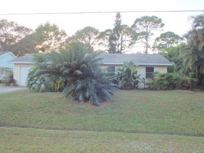 Port Saint Lucie Single Family Home For Sale: 762 NW Avens Street