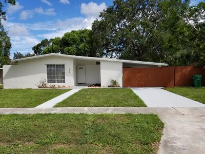 Port Saint Lucie Single Family Home Contingent: 184 SE SErenata Court