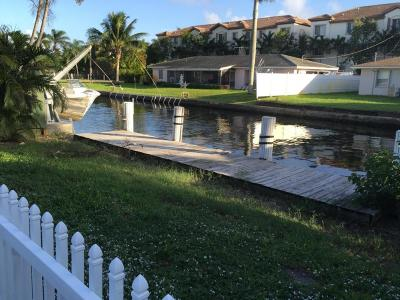 Delray Beach Multi Family Home For Sale: 804 Bamboo Lane