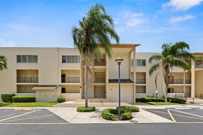 Palm Beach Gardens Condo For Sale: 11811 Avenue Of The Pga #5-1c