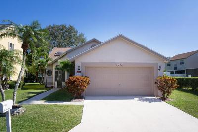 Boynton Beach Single Family Home For Sale: 1042 Fairfax Circle W