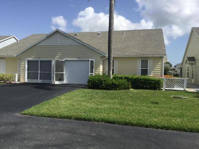 Port Saint Lucie Single Family Home For Sale: 2633 SE Tropical East Circle E