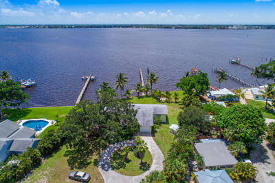 Jensen Beach Single Family Home For Sale: 850 NE Ixora Drive