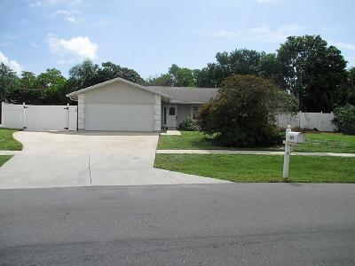 Jupiter Single Family Home For Sale: 693 Pawnee Street