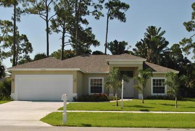 Wellington Single Family Home For Sale: 13762 Paddock Drive