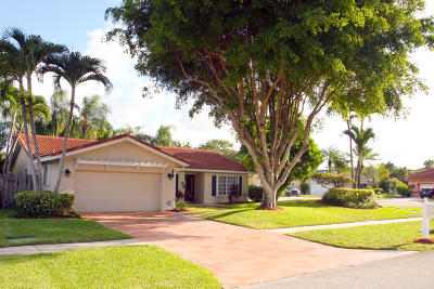 Boca Raton FL Single Family Home For Sale: $427,500