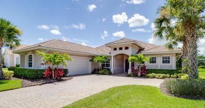 Port Saint Lucie Single Family Home For Sale: 8071 Kiawah Trace