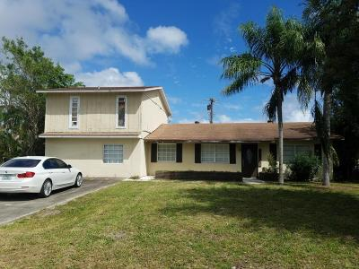 Delray Beach Single Family Home For Sale: 667 Eagle Circle