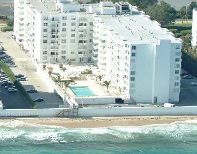 Palm Beach Condo For Sale: 3450 S Ocean Boulevard #203
