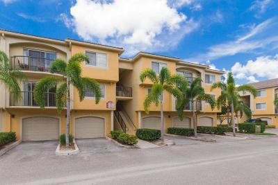 Royal Palm Beach Condo For Sale: 1000 Crestwood Court #1015